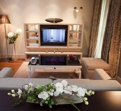 Nexus Valladolid Suites & Hotel 2