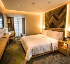Hansa- A Premium Residence 2