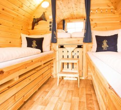 LEGOLAND Wilderness Barrels & Cabins 2