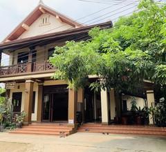 Maison Vongprachan Hotel 1