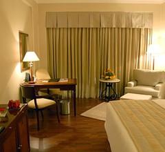 Radisson Hotel Varanasi 2