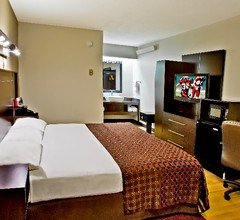 Red Roof Inn PLUS+ Secaucus - Meadowlands - NYC 2