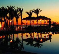 Reef Oasis Blue Bay Resort & Spa 1