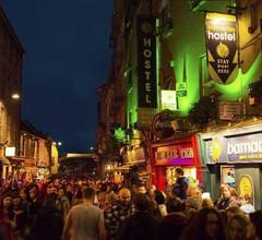 Snoozles Quay Street Tourist Hostel- Galway 2