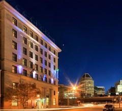 Holiday Inn Express Baltimore Downtown 1