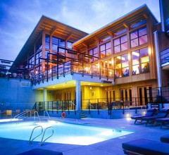 Brentwood Bay Resort & Spa 2