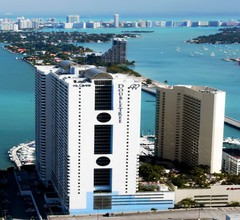DoubleTree by Hilton Grand Hotel Biscayne Bay 1