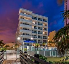 Best Western Plus Atlantic Beach Resort 2