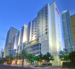 Hampton Inn & Suites Miami/Brickell-Downtown, FL 1