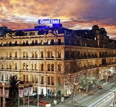 Grand Hotel Melbourne 1