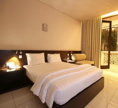 The Pade Hotel 1