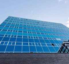 XO Hotels Blue Tower 1