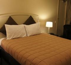 Azena Motels 1