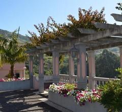 Quinta do Alto de São João 2