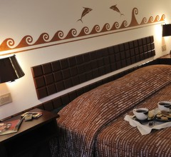 Etruscan Chocohotel 1