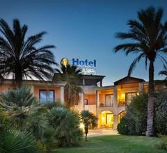Hotel Santa Gilla 2