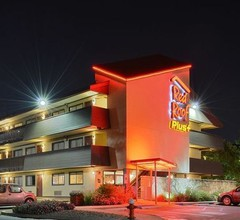 Red Roof Inn PLUS+ Secaucus - Meadowlands - NYC 1
