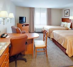 Candlewood Suites Secaucus 2