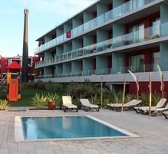 Agua Hotels Riverside 1