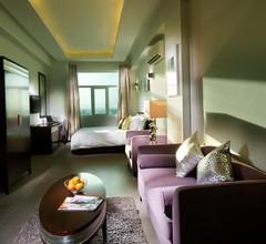 Al Hail Waves Hotel 2
