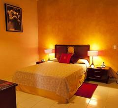 Hotel E La Ronda 2
