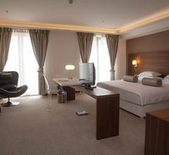 Hotel Aurel 2