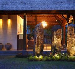 Villa Kayu Lama 1