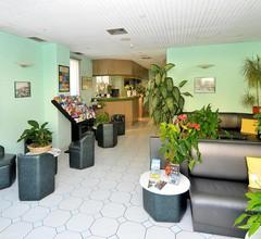 Narev's Hotel 1