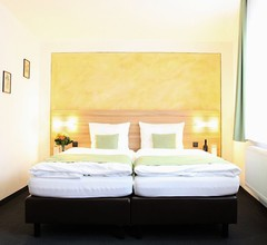 Hotel Garni Goldene Traube 1