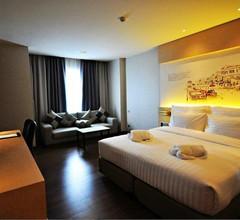 Parinda Hotel 1