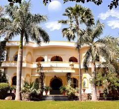 Raj Palace Resort 2