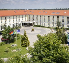 Holiday Inn Express Munich Airport 2