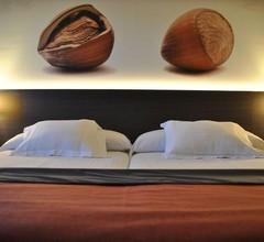 Brea's Hotel 2