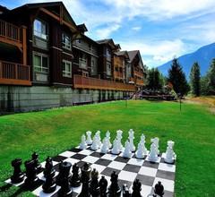 Pemberton Valley Lodge 1