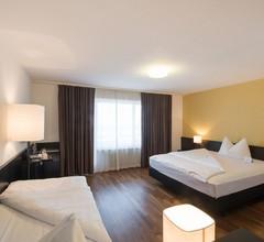 Hotel Illuster 2