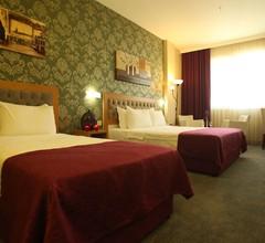 Helikon Business Hotel 1