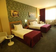 Helikon Business Hotel 2