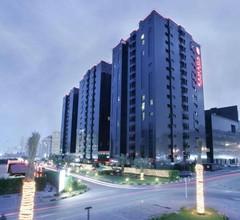 Ramada Hotel & Suites by Wyndham Ajman 2