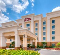 Hampton Inn & Suites Fort Myers-Colonial Blvd 2