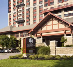 Doubletree Fallsview Resort & Spa by Hilton 1