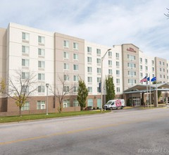 Hilton Garden Inn Kansas City 2
