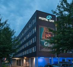 Motel One Hamburg Airport 2