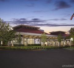 Hilton Oakland Airport 1