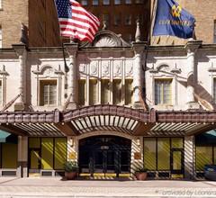 Club Quarters Hotel in Houston 2