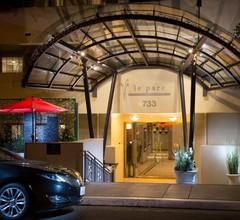 Le Parc Suite Hotel 2