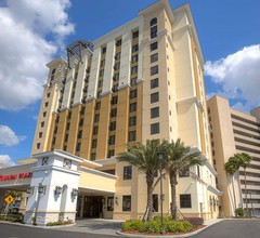 Ramada Plaza by Wyndham Orlando Resort & Suites Intl Drive 2