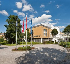 Seminaris SeeHotel Potsdam 1