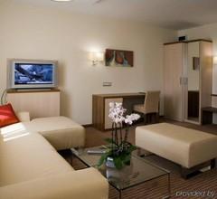 Famulus Hotel 2
