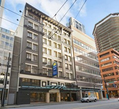 Days Inn by Wyndham Vancouver Downtown 1