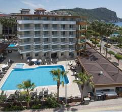 Riviera Hotel & Spa 1